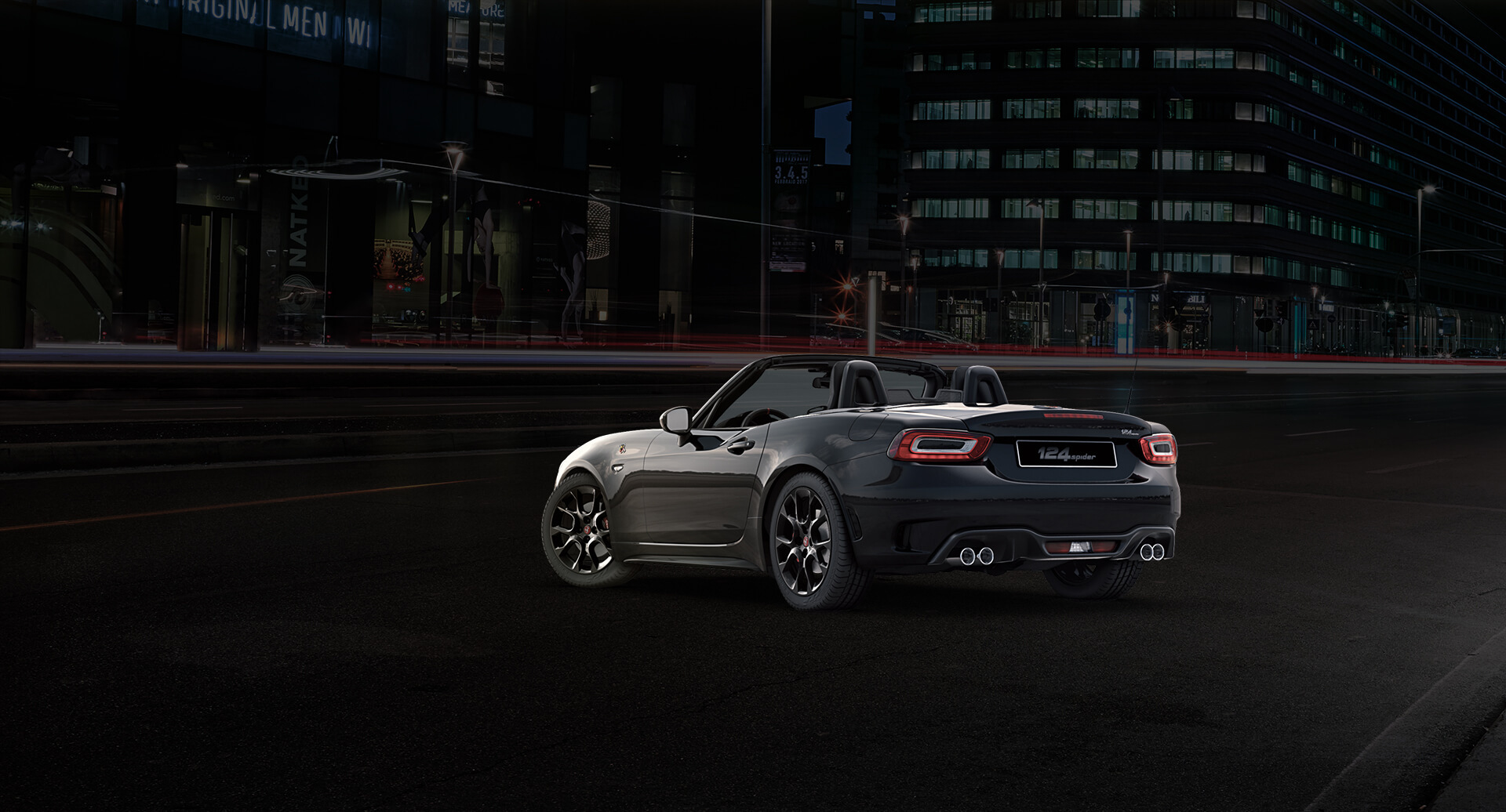 Lateral Abarth 124 spider negro