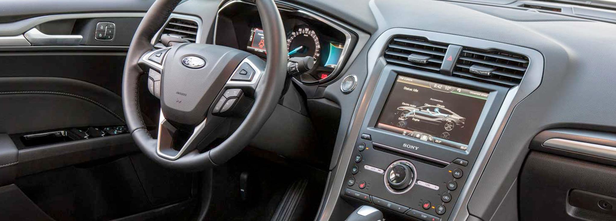consola del Ford Mondeo Híbrido