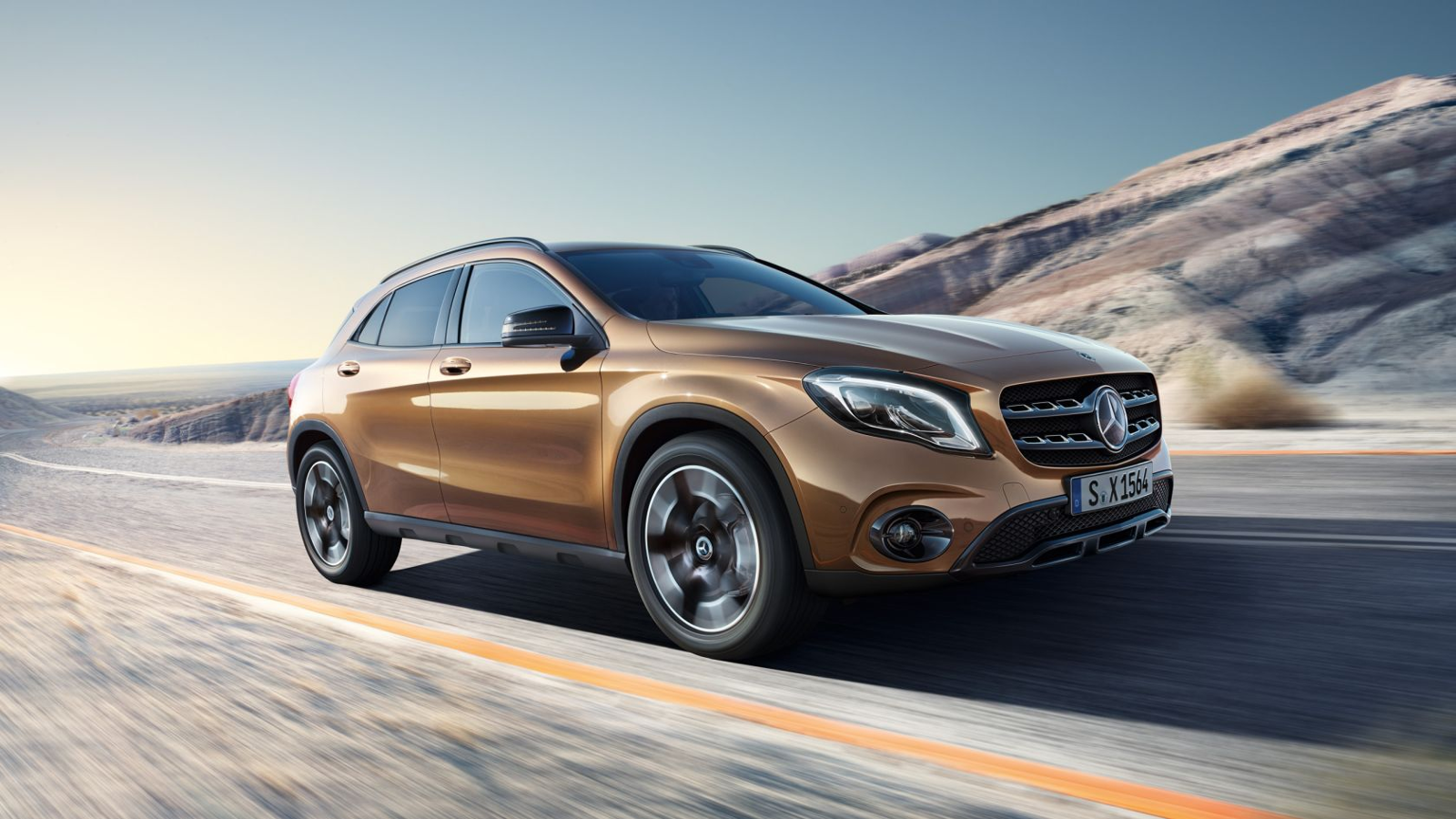 Lateral Mercedes GLA