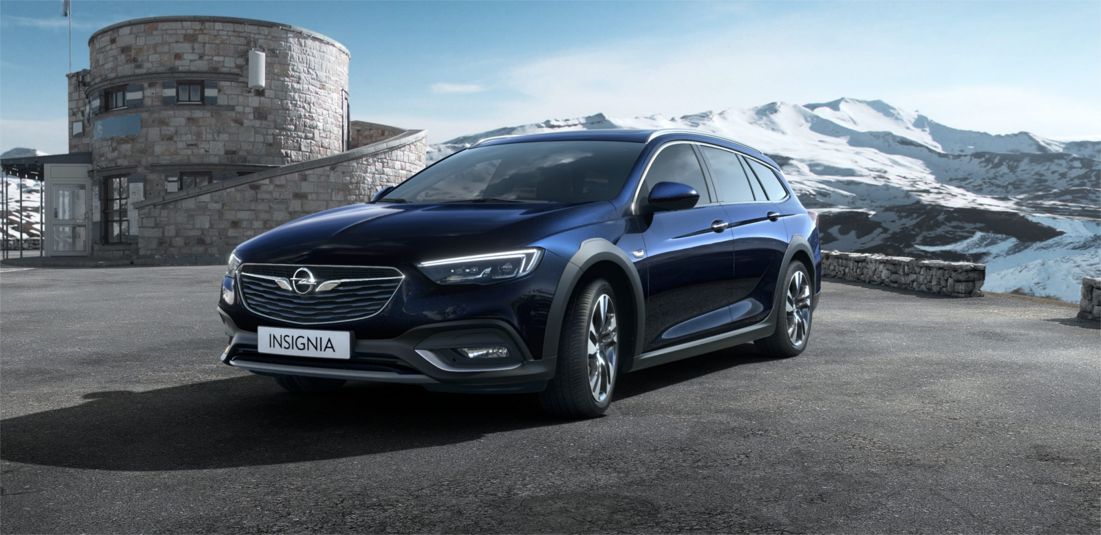 Lateral Opel Insignia Country Tourer