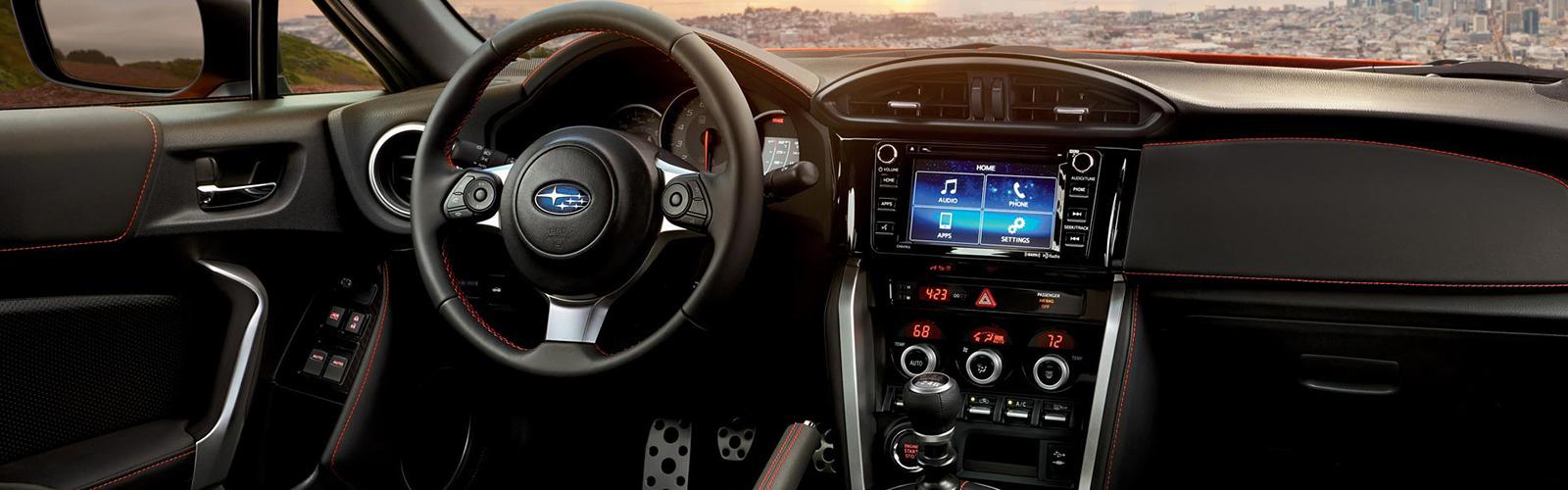 El interior del Subaru BRZ está pensado para la conducción