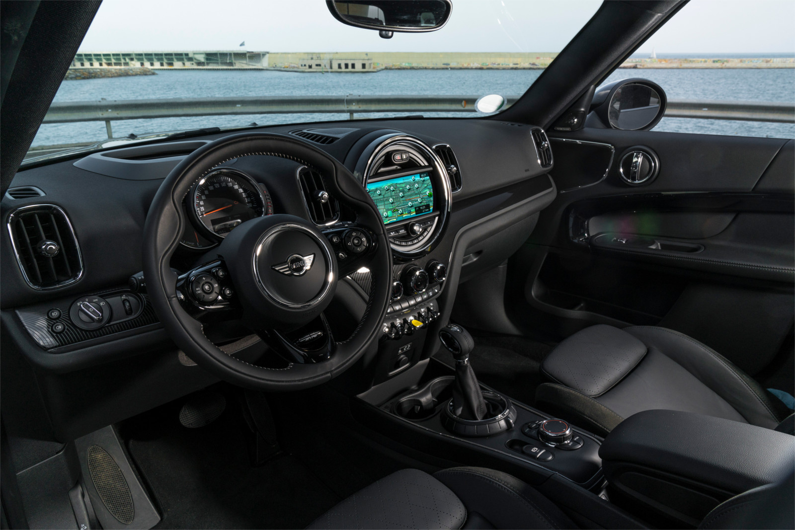 Interior Mini countryman hibrido