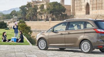 Ford Grand C-Max marrón